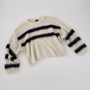 Fuzzy boxy fit striped sweater Large black & cream